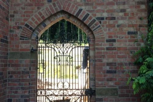 Tudor Arch